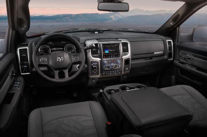 2017-ram-2500-power-wagon-interior