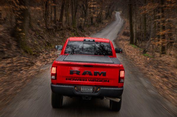2017-ram-2500-power-wagon-rear-end-in-motion